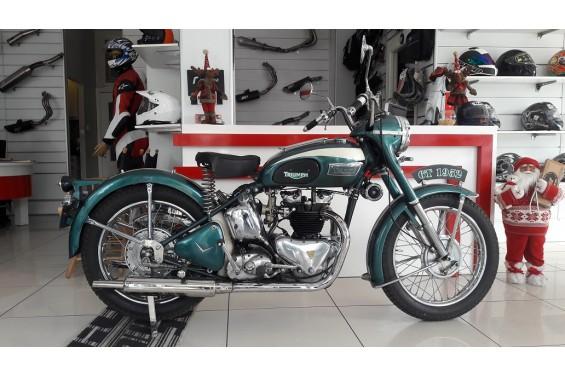 1952 MODEL TRIUMPH 6T